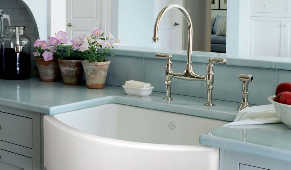Rohl Faucets and Shaw sinks bow front country sink
