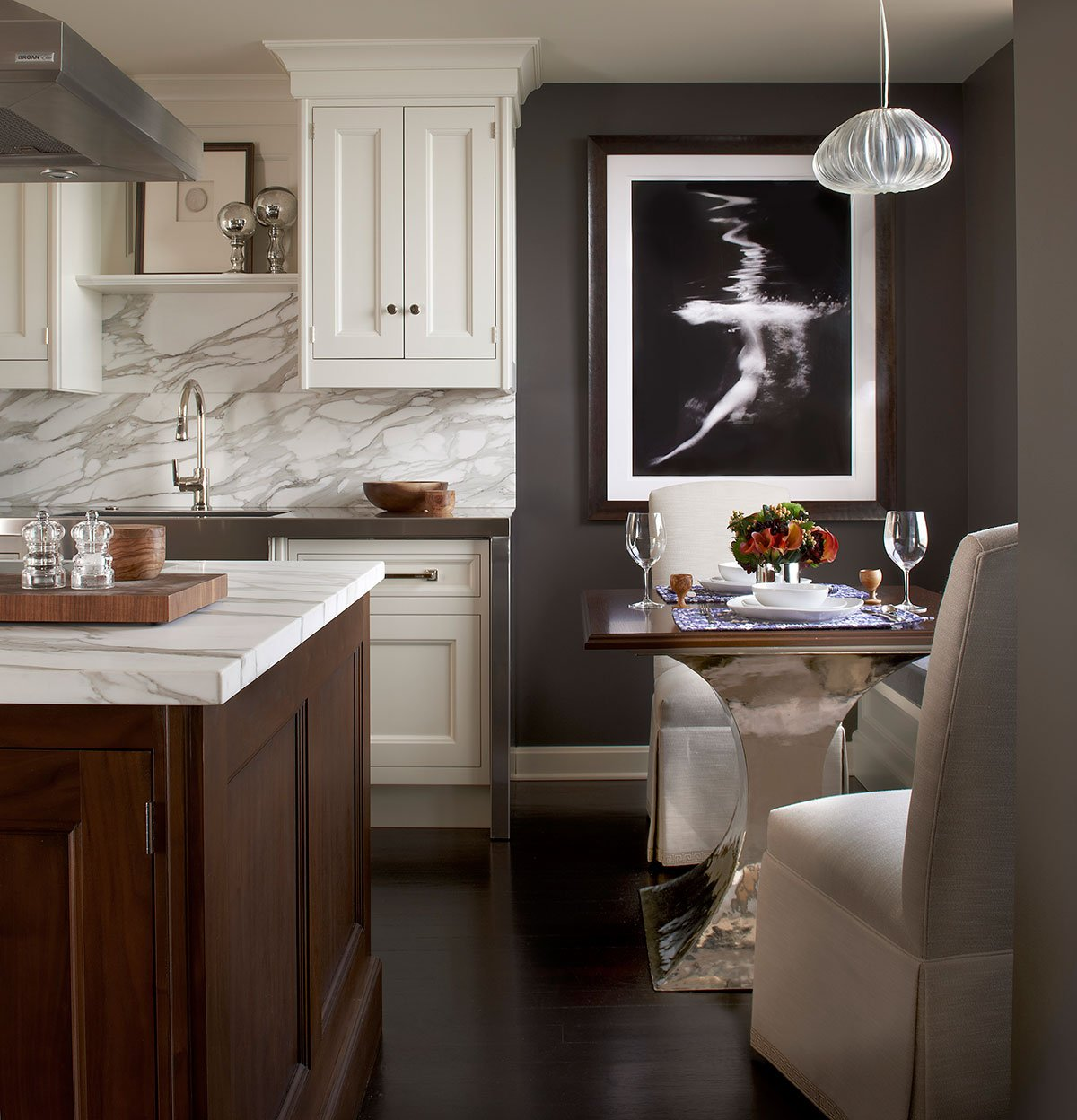 Frank Ponterio kitchen in brown